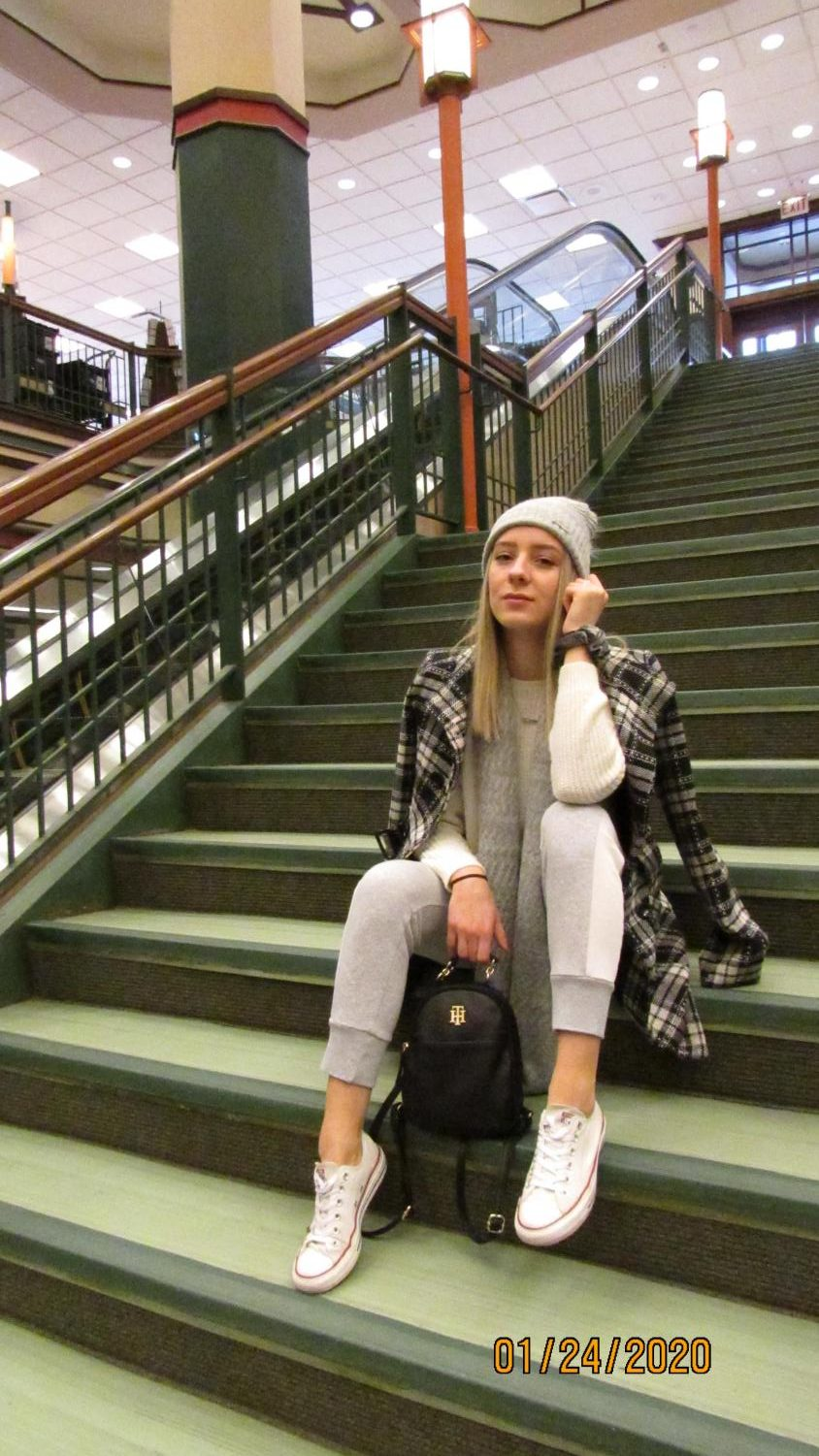 Use+beanies+and+bags+as+cute+accessories.+